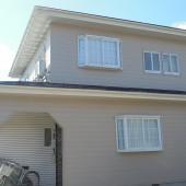 秋田市牛島 K様邸(外壁塗装色:ND152、屋根塗装色:エンペラーブルー)