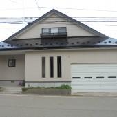 秋田市下北手N様邸 外壁塗装色:ND152、屋根塗装色:ブラック
