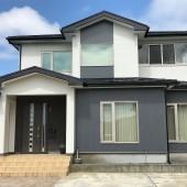 秋田市金足A様邸 外壁塗装色:ND102、ND013    屋根塗装色:ブラックネス