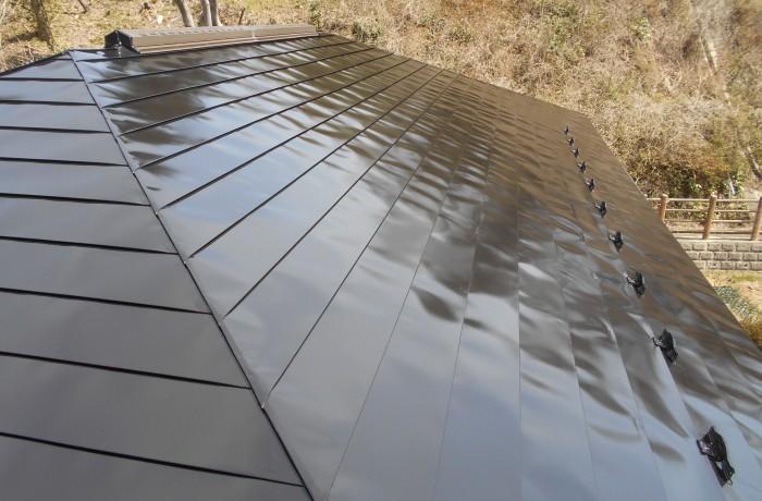秋田市寺内 H様邸(屋根)塗装色:ブラック