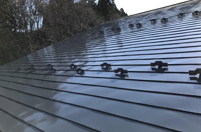 秋田市桜 M様邸(屋根)塗装色:チャコールグレー