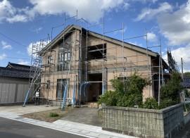 由利本荘市 S様邸 外壁塗装・屋根塗装着工しました