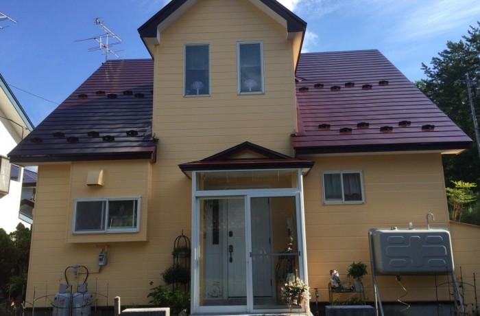 秋田市飯島 S様邸(外壁塗装色:ND281、屋根塗装色:ニューワイン)
