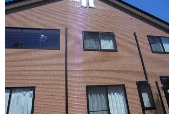 秋田市添川 S様邸(外壁塗装色:UVプロテクトクリヤー、屋根塗装色:コーヒーブラウン)