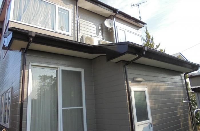 秋田市土崎 S様邸(外壁塗装色:ND375、屋根塗装色:コーヒーブラウン)